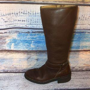 Born Brown Leather Tall Riding Boots W9777 sz 6